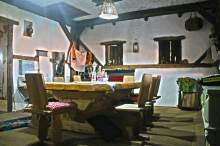 restaurant-etno-kuca-gracanica-national-food