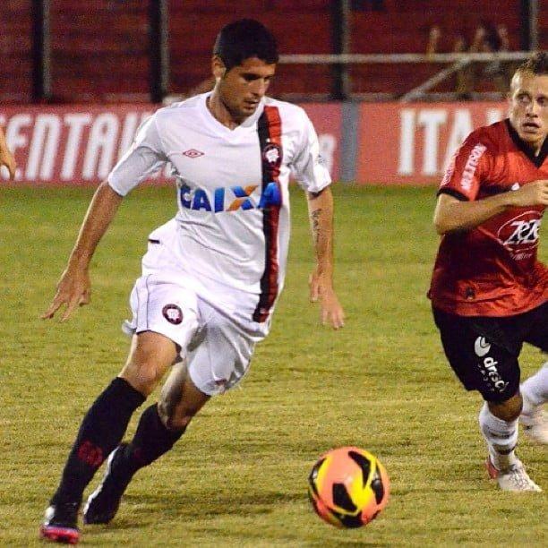 Por demora no registro, Mérida ficou fora do Paranaense e só estreou na Copa do Brasil.