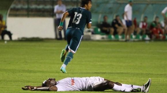 Contra o Goiás, nova derrota: 2-0.