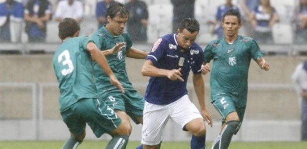 Nem os gigantes Atlético e Cruzeiro conseguiram segurar a Caldense (Crédito: Washington Alves/Light Press)