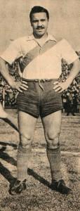 Moreno atuando pelo River Plate em seu 1º título nacional em 1936