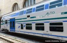 """Salto di qualità nei viaggi dei pendolari. Nuovo treno """"Vivalto"""" a Regione Lazio da Trenitalia. Entro il 2014 in servizio 26"""