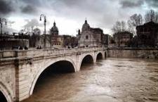 Situazione maltempo in via di miglioramento nella Capitale. Allerta meteo ancora alta per il sud d'Italia, condizioni critiche in Veneto