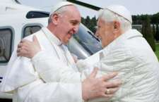 Benedetto XVI: la mia rinuncia al papato é valida e nessuno l'ha imposta. Forte identità di vedute e amicizia con Francesco