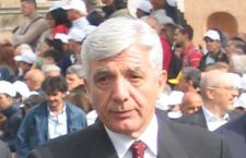 Nuove richieste di dimissioni per De Gennaro