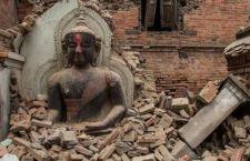 Continuano a crescere le vittime del terremoto:2500. Mancano notizie di 4 speleologi italiani