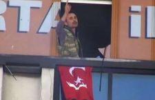 Altra azione terroristica in Turchia. Uomo armato nella sede del partito di governo poche ore dopo la sanguinosa conclusione del sequestro di un giudice