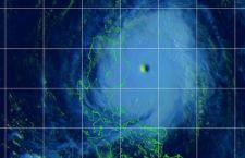 Le Filippine tremano per l'arrivo del tifone Noul