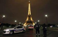 Troppi borseggiatori: sciopero dei dipendenti della Torre Eiffel