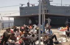 Scontro sui migranti tra Maroni e lo Stato, in attesa delle decisioni europee