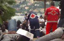 Italia e Francia ai ferri corti per la questione migranti. Esplodono le stazioni italiane