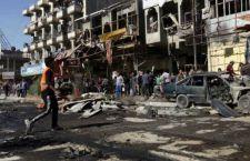 Serie di autobombe esplodono di nuovo a Baghdad. 24 morti e decine di feriti