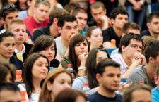 La Camera approva la legge sulla scuola a ranghi ridotti e con l'assenza della minoranza Pd