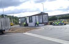 Inghilterra: è proprio italiano l'autista arrestato con 27 clandestini sul suo tir