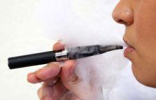 Usa: gli esplode una sigaretta elettronica in faccia. All'ospedale con fratture ed ustioni
