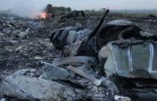 Gli esperti olandesi confermano che il Jet della Malaysian Airlines è stato abbattuto da missile