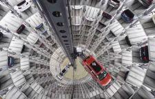 Volkswagen in rosso per la prima volta in 15 anni a causa dello scandalo sui gas di scarico