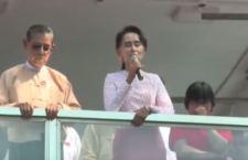 Festa in Birmania per la fine della dittatura e la vittoria di Aung San Suu Kyi, la Mandela donna