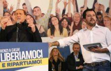 Lega a Bologna. Salvini sul palco con Berlusconi e la Meloni. Tensione con i centri sociali
