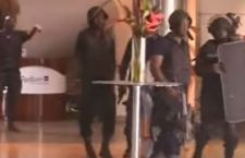 Mali: riconquistato l'albergo. Liberati gli ostaggi in mano ai terroristi. 18 ritrovati morti