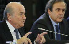 Otto anni di squalifica per Blatter e Platini