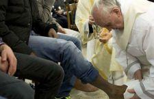 Il Papa ai ricchi e potenti: non dimenticate i poveri