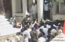 India: scontri al tempio per impedire ingresso alle donne