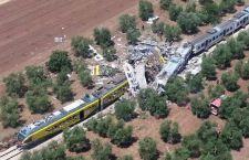 Scontro treni: possono essere 20 i morti in Puglia e 30 i feriti