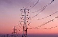 Sospesi aumenti costi luce e gas