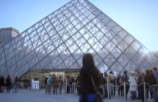 Paura a Parigi. Sparatoria al Louvre