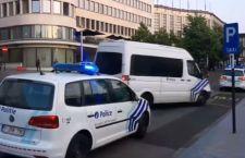 Bruxelles: ucciso attentatore suicida in pieno centro