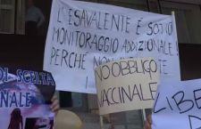 Vaccini obbligatori: aggrediti tre deputati del Pd