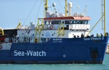 La Sea Watch a Lampedusa. Sbarcati i migranti