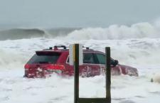 L'uragano Dorian lascia le Bahamas con decine di morti. Migliaia gli scomparsi