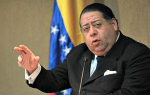 Hernann Escarrá: Constitución Bolivariana reorganizó el Estado venezolano