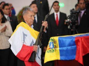 Maduro rinde homenaje al luchador social Rufo Antonio Meneses