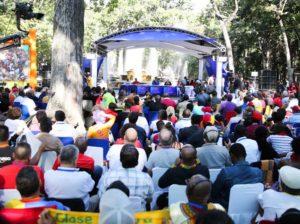 Maduro expresó solidaridad a pueblos del mundo que luchan por la paz