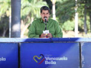 Maduro llama a la movilización del pueblo para defender PDVSA