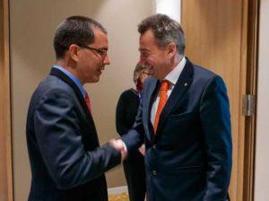 Venezuela y Cruz Roja Internacional revisan acuerdos de cooperación