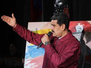Maduro felicitó al pueblo por hacer frente al covid-19 con disciplina