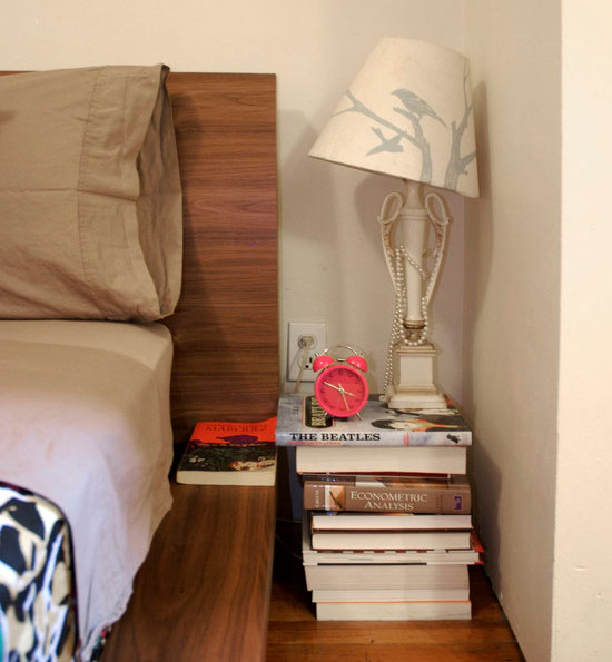 DIY stack of books as nightstand - NO.1# THE MOST BEAUTIFUL DIY BEDROOM NIGHTSTAND IDEAS