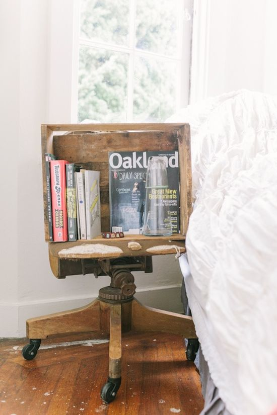 DIY vintage crate and office chair as nightstand - NO.1# THE MOST BEAUTIFUL DIY BEDROOM NIGHTSTAND IDEAS