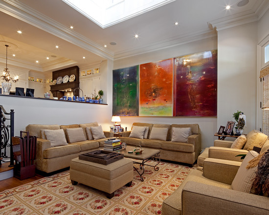Traditional sunken living room design with impressive wall paintings - NO.1# BEAUTIFUL SUNKEN LIVING ROOM DESIGN IDEAS