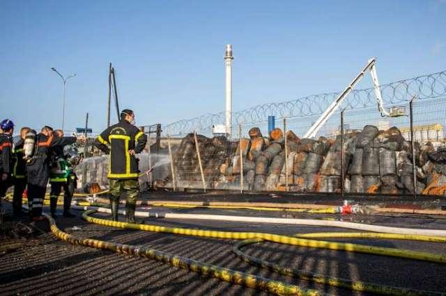 Déclenché jeudi vers 2 h 40, l'incendie de cette usine classée Seveso « seuil haut » est éteint, a annoncé dans la matinée la préfecture.