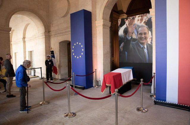 Recueillement devant le cercueil de Jacques Chirac./LP/Philippe de Poulpiquet