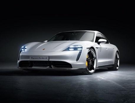 Porsche dévoile enfin son Taycan électrique lors d'une première mondiale pleine de surprises