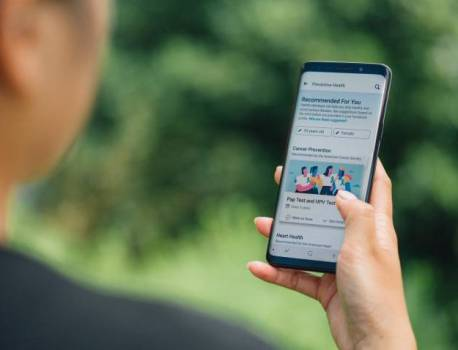 Facebook introduces health resources within the app