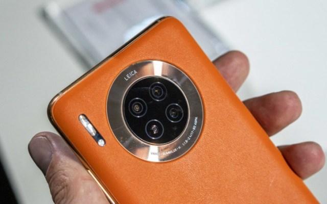 Huawei Mate 30 in Vegan Leather Orange