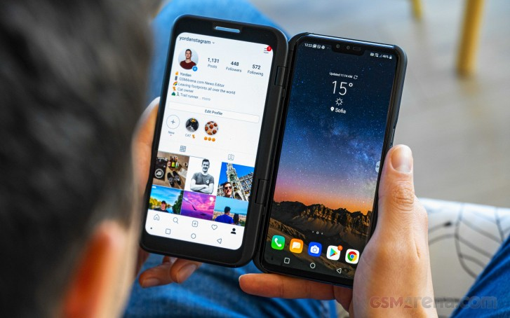 LG V50 ThinQ 5G with LG Dual Screen in for review