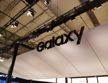 Samsung suppliers worry about losing business to Chinese ODMs